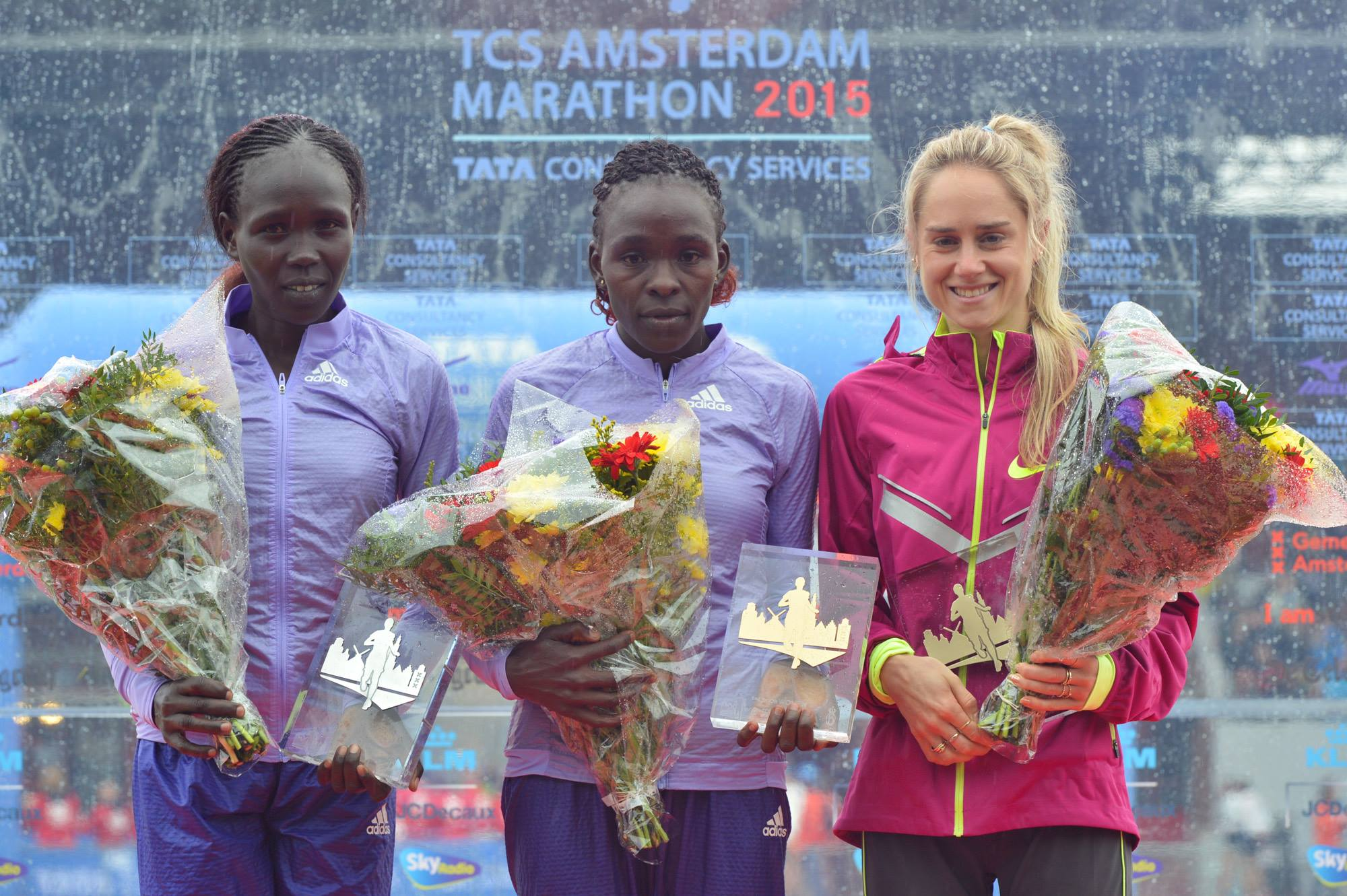 Milly Clark 3rd in the Amsterdam marathon 2015 with 2:29.07