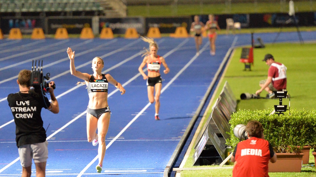 Genevieve LaCaze winning the 5000m National Title 2016