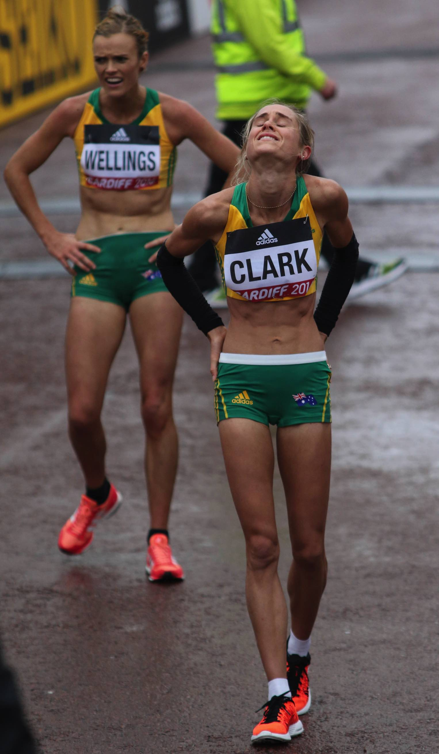 Milly Clark and Eloise Wellings: World Half Cardiff, 26 MAR 2016: Photo by Keith McClure