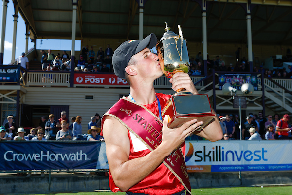 Despard and forsyth crowned stawell gift champions runners tribe stawell athletic club stawell gift winner jacob despard celebrates photo by luke hemer negle Images