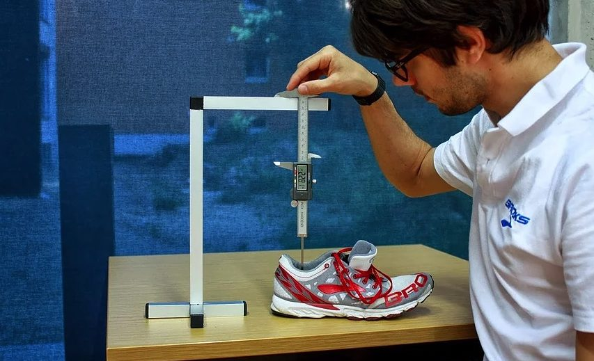 Why The Drop Of Your Running Shoe Is Important Runner S Tribe
