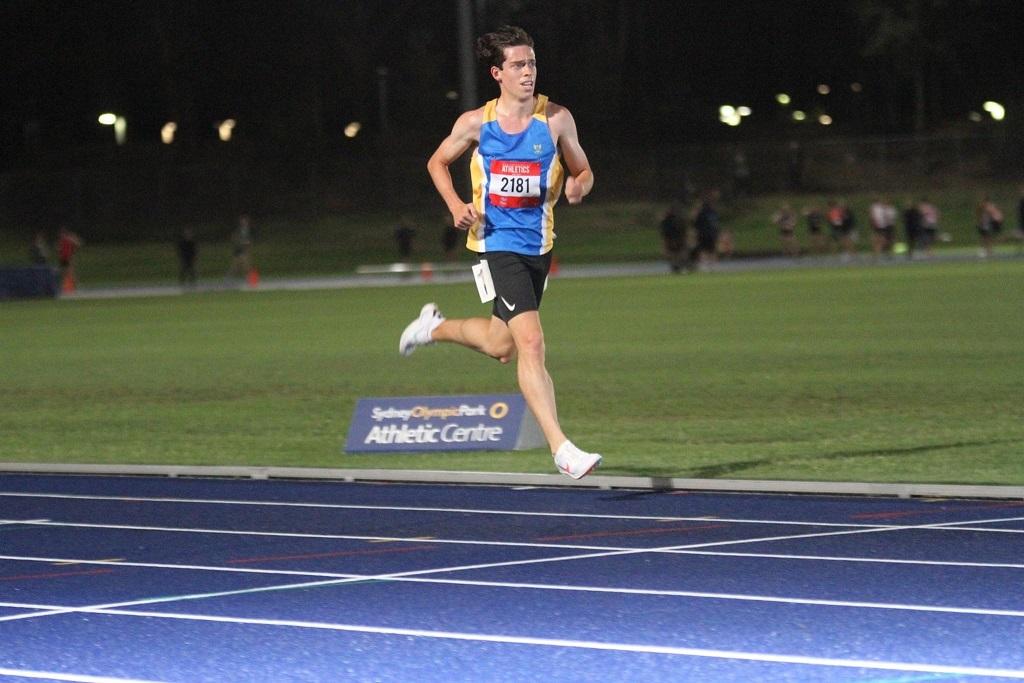 Zach Facioni winning the NSW 3000m champs